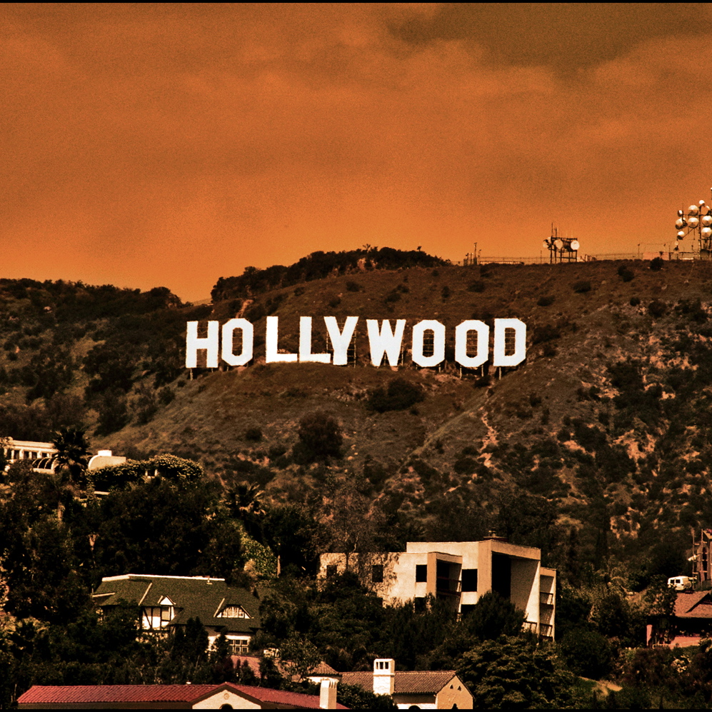 PLAY Hollywood Cinematic Collection